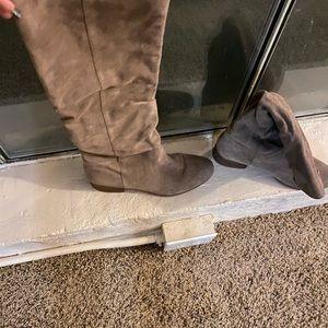 Steve Madden Taupe Pondrosa Boot